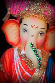Ganesh Chaturthi Ritual helps to eliminates effects of malefic planets and ensures financial stability. Jai Ganesh, Ganesh Lord, Ganesh Idol, Shree Ganesh, Ganesha Pictures, Ganesh Images, Ganesh Wallpaper, Radha Krishna Wallpaper, Orisha