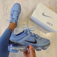Nike Air VaporMax Plus & Air VaporMax Utility - Aflamico Tenis Nike Air, Nike Air Shoes, Cool Nike Shoes, Nike Air Max, Moda Sneakers, Cute Sneakers, Sneakers Nike, Latest Sneakers, Black Sneakers
