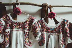 Niños de arras con aire Frida Khalo