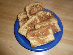I'm a great fan of Eggy Bread (we used to call it Gypsy Toast). Like many old favourites, a couple of tweaks makes it a great fit with Slimming World. I love this on weekend mornings with a few gr...