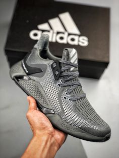 Casual Sneakers, Sneakers Fashion, Casual Shoes, Fashion Shoes, Shoes Sneakers, Jordan Shoes For Men, Swag Shoes, Mens Boots Fashion, Fresh Shoes
