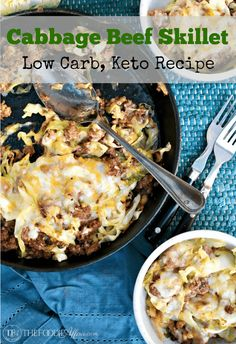 One pot cabbage beef skillet recipe with Tex-Mex flavors for an easy Keto low carb dish! Beef Cabbage Soup, Ground Beef And Cabbage, Cabbage Recipes, Mexican Food Recipes, Dinner Recipes, Dinner Ideas, Ground Beef Keto Recipes, Low Carb Recipes, Beef Recipes
