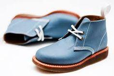 Resultado de imágenes de Google para http://www.fashioncraz.com/wp-content/uploads/2011/02/Dr-Martin-spring-summer-2011-shoes.jpg