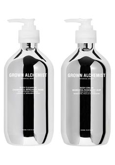 Hand Care Holiday Kit Hand Care Gift Set by Grown Alchemist Hand Care Holiday Kit Handpflege-Geschenkset von Grown Alchemist Skincare Packaging, Cosmetic Packaging, Beauty Packaging, Packaging Design, Packaging Ideas, Retail Packaging, Neutrogena, Skin Care Masks, Skin Structure