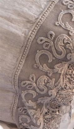 taupe linen and lace Beige, Gris Taupe, Pink Grey, Antique Lace, Vintage Lace, Textiles, Linens And Lace, Fine Linens, Soft Summer
