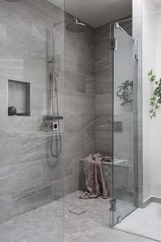 51 Stunning Shower Tile Design Ideas to Remodel Your Bathroom - Home and Garden Decoration Cheap Bathroom Remodel, Cheap Bathrooms, Shower Remodel, Bathroom Renovations, Budget Bathroom, Small Bathrooms, White Bathrooms, Master Bathrooms, Restroom Remodel