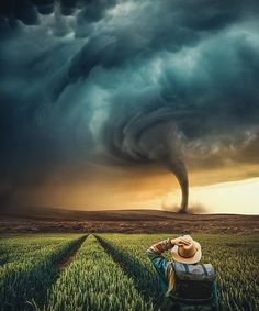 Tornado in the village Photo manipulation by Storm Photography, Landscape Photography Tips, Amazing Photography, Nature Photography, Photography Ideas, Portrait Photography, Photography Composition, Popular Photography, Photography Basics