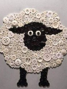 Cute Easter crafts with buttons - are y'all thready for this? - Hike n Dip - Easter Ideas for 2020 - easter crafts with buttons - Crafts To Make, Fun Crafts, Arts And Crafts, Easter Crafts, Christmas Crafts, Easter Art, Christmas Mosaics, Easter Ideas, Jewelry Crafts