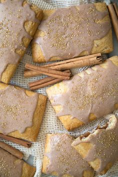 Apple Cinnamon Pop Tarts - Pop Tarts needed a makeover. These homemade apple cinnamon pop tarts are a sophisticated take on one of my favorite childhood breakfast treats.