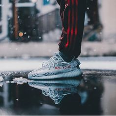Another one! The blue tint colorway of the @adidasoriginals Yeezy Boost 350 V2 will be released on December 16th - will you cop a pair? by @makephoto #sneakersmag #adidas #adidasoriginals #yeezy #yeezyboost #bluetint