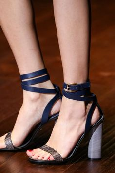 Gucci/ Is it possible for me to buy ALL his Spring 2015 shoes... I love this pair!