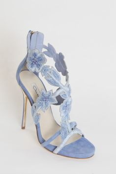 Blue floral Oscar De La Renta Pre-Fall '15heels