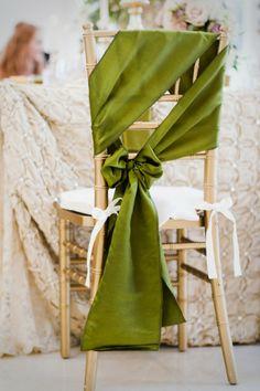 Avem cele mai creative idei pentru nunta ta!: #decor #scaun #nunta