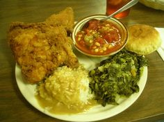 Vanna White's favorite hometown restaurant, Hoskins #MYRDreamVacation