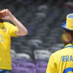 Zlatan Ibrahimovic still as popular with Sweden fans after Man United move
