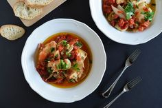 Norwegian Bacalao Stew with Potatoes, Tomatoes, and Onion - Outside Oslo Vegetarian Barbecue, Barbecue Recipes, Vegetarian Cooking, Vegetarian Recipes, Seafood Recipes, Soup Recipes, Cooking Recipes, Cooking Tips, Norwegian Food