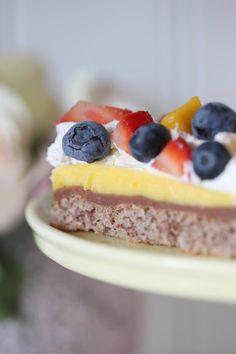 Trippel kremkake - Anne Brith Norwegian Food, Norwegian Recipes, Mini Cakes, Christmas Baking, Let Them Eat Cake, I Love Food, No Bake Cake, Cake Recipes, Sweet Tooth