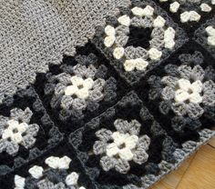 Granny Squares in black and white.. wow