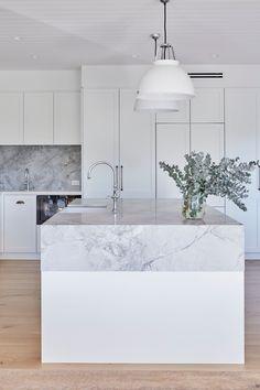Balgowlah — RHYS / JONES INTERIOR ARCHITECTURE Kitchen Room Design, Modern Kitchen Design, Home Decor Kitchen, Interior Design Kitchen, White Kitchen Interior, Rustic Kitchen, Luxury Kitchens, Home Kitchens, Hamptons Kitchen
