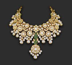 Unique, beautifully designed necklace #indianwedding #JADEbyMK #INDIA