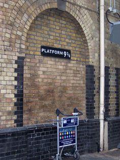 King's Cross Station - Platform 9 and 3/4 - London