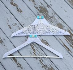 Customizable bridal and bridesmaid hangers. Makes the perfect gift! See more here: https://www.etsy.com/ca/shop/iweddingworld?ref=hdr_shop_menu
