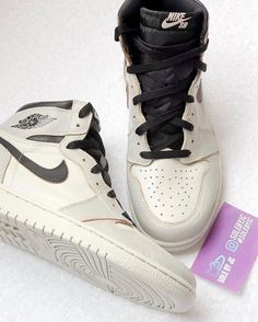 Nike SB x Air Jordan 1 White Black fd9b89199