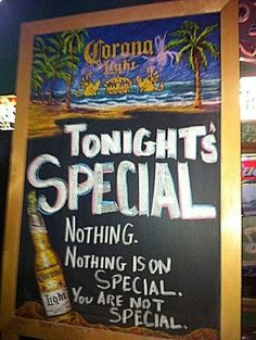 40 Funny and Creative Chalkboard Bar Signs, funny bar signs, funny chalkboard signs, funny bar chalkboards, funny pub signs Funny Bar Signs, Pub Signs, Funny Commercials, Funny Ads, Funny Humor, Art Of Trolling, Chalkboard Bar, Chalkboard Quotes, Server Life