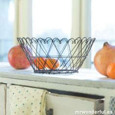 Cesta metálica envejecida #decoration #metallic #basket