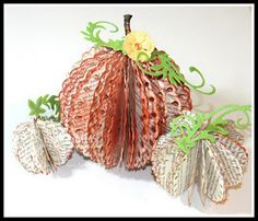 My CNY Mommy: Make a Halloween Pumpkin from Old Books Craft Project Thanksgiving Crafts, Fall Crafts, Crafts To Make, Arts And Crafts, Paper Crafts, Diy Crafts, Book Projects, Craft Projects, Craft Ideas