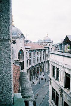Sirkeci, Istanbul/ photo by Cürük Visne