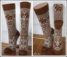 Ravelry: tiri's Hare-Drøm Socks. Bunny Socks! Crochet Socks, Knit Mittens, Knitting Socks, Hand Knitting, Knitted Hats, Knit Crochet, Knitting Stitches, Knitting Designs, Knitting Projects