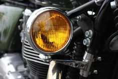 Fog Light and Polished Stainless Bracket Triumph Honda Royal Enfield Enfield Bike, Enfield Motorcycle, Motorcycle Style, Sportster Cafe Racer, Triumph Scrambler, Scrambler Motorcycle, Bobber, Custom Motorcycles, Custom Bikes
