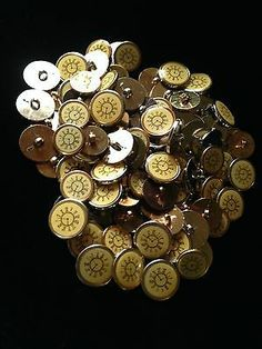 100 Buttons with Steampunk Steam Punk Clock Face