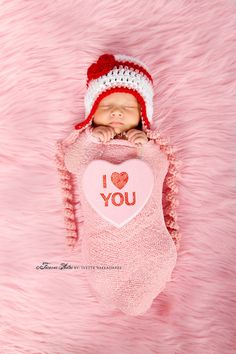 Baby Valentine's Hat!! Too Cute!! {REPIN} and {FOLLOW} us! www.blissfulbabynurse.com