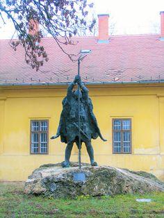 Bor Kalán szobor (Nagykőrös) http://www.turabazis.hu/latnivalok_ismerteto_5299 #latnivalo #nagykoros #turabazis #hungary #magyarorszag #travel #tura #turista #kirandulas