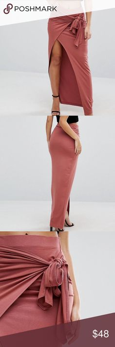 """ASOS Maxi Skirt with Twist Knot, Dark Nude SZ 4 Lightweight soft-touch jersey High-rise waist Knot front Wrap style Close cut body-conscious fit Machine wash 95% Viscose, 5% Elastane model wears a US 4 and is 5'9.5"""" tall ASOS Skirts Maxi"""