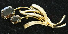 Beautiful Gold Tone Leaf Design Brooch/Pin by COLLECTORSCENTER on Etsy