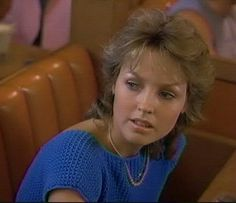 Deborah Foreman has such great fashion in Valley Girl. She makes dressing conservatively and color coordinated look hip and she is so likable even while speaking in such a moronic jargon.