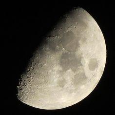 20160415 . #イマツキ . . 月齢 8.05 輝面比 63.8% . . 撮れる時は撮っとかにゃー . . #flymetothemoon #月で会いましょう#ヨルノツキ#moon_of_the_day#moon_awards #master_shots#spot_lightz #noitenoinstagram #picture_to_keep#ccdays #ptk_night#ptk_sky#team_jp_ #ig_falcon_#instatagsapp #webstapick#nuc_member #igcapturesclub#myskynow . . by kuromaniyonjin