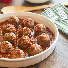 Lebanese turkey meatballs are seasoned with spices like allspice and cinnamon, fresh cilantro and parsley and only 47 calories each!