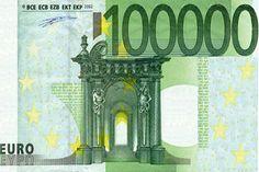 """Het afrekenen van grote bedragen wordt gemakkelijker. Vanaf volgend jaar komen de nieuwe biljetten van € 100.000.- in omloop. Volgens de Europese Centrale Bank ishet nieuwe honderdduizendje handig als je snel een grote boodschap moetdoen. President Mario Draghi van de Europese Centrale bank presenteerde het nieuwe biljet dinsdagmiddag aan de pers. """"Het gaat vooral om het gemak. Wie een nieuw [...]"""