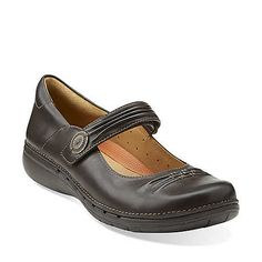 Un.Linda in Dark Brown Leather - Womens Shoes from Clarks