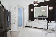 Wnętrze w stylu glamour - wystrój wnętrz w stylu glamour - aranżacja glamour.  Zobacz więcej na www.amarantowestudio.pl Bathroom Lighting, Mirror, Studio, Furniture, Home Decor, Bathroom Light Fittings, Homemade Home Decor, Decoration Home, Room Decor