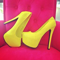 nice convination yellow with pink!