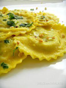 DOLCEmente SALATO: Ravioli ripieni di patate, melanzane e nocciole Gnocchi, Arancini, Tortellini, Omelette, Risotto, Macaroni And Cheese, Nom Nom, Curry, Healthy Recipes