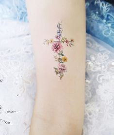 Small Flower Tattoos Reminiscent Of Many Wonderful Things - Page 18 of 19 - Dazhimen Tattoos For Women Small Meaningful, Cross Tattoos For Women, Meaningful Tattoos, Biblical Tattoos, Faith Tattoos, Small Flower Tattoos, Small Tattoos, Unique Tattoos, Cute Tattoos