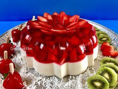 Discover recipes, home ideas, style inspiration and other ideas to try. Jelly Desserts, Jello Dessert Recipes, Mexican Dessert Recipes, No Bake Desserts, Cake Recipes, Mexican Jello Recipe, Moist Banana Bread, It Goes On, Sweet Recipes