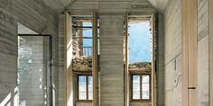 Innenraum aus Beton versteckt im alten Steinbau - fresHouse