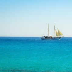Prendre le large et voyage sur la mer... MMMmmmm!  #voyagevoyage #voilier #destination #mer #paysage #voyage #aventure #moussaillon #blogvoyage #instatravel